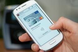 Lufthansa AirPlus und Deutsche Telekom kooperieren beim mobilen Bezahlen / Pilotphase für MyWallet mit AirPlus Corporate Cards gestartet