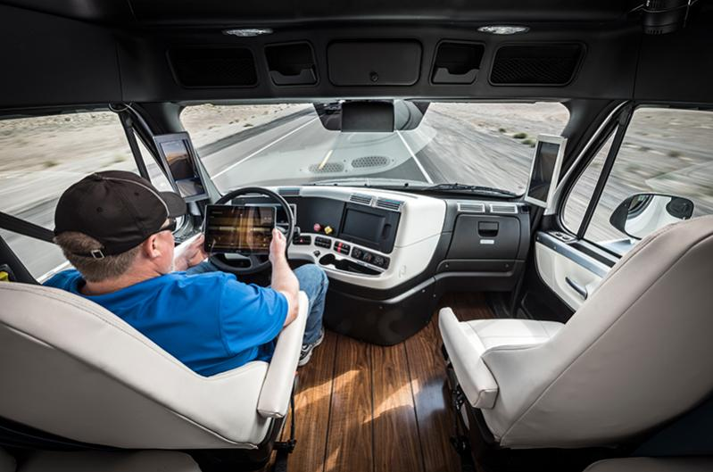 Daimler-selbstfahrender-Truck