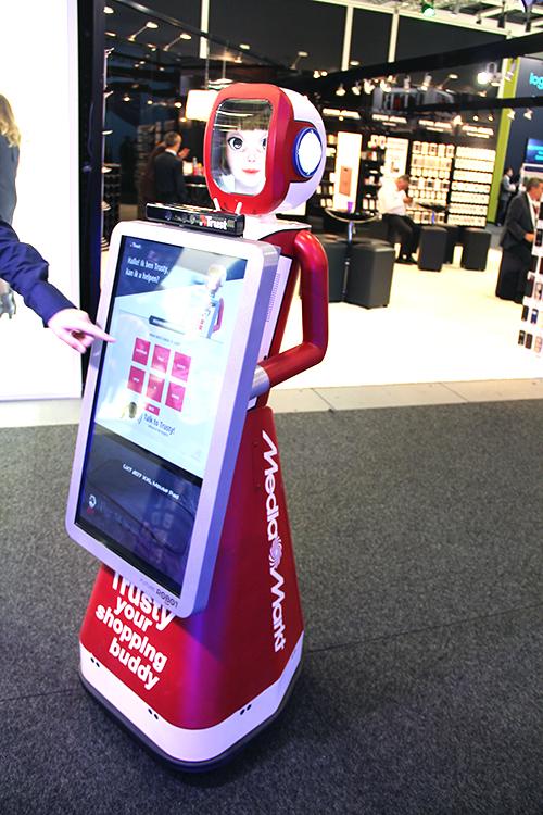 Media-Markt-Roboter-IFA2015