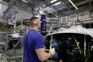 Volkswagen bringt 3D-Datenbrille in den Serieneinsatz