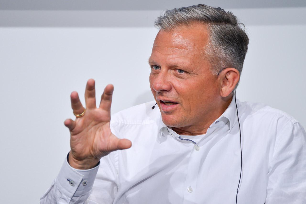 Matthias Kröner (Chef der Fidor Bank) beim 22. Mobilisten-Talk