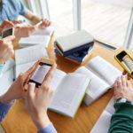 schule app smartphone unterricht digital